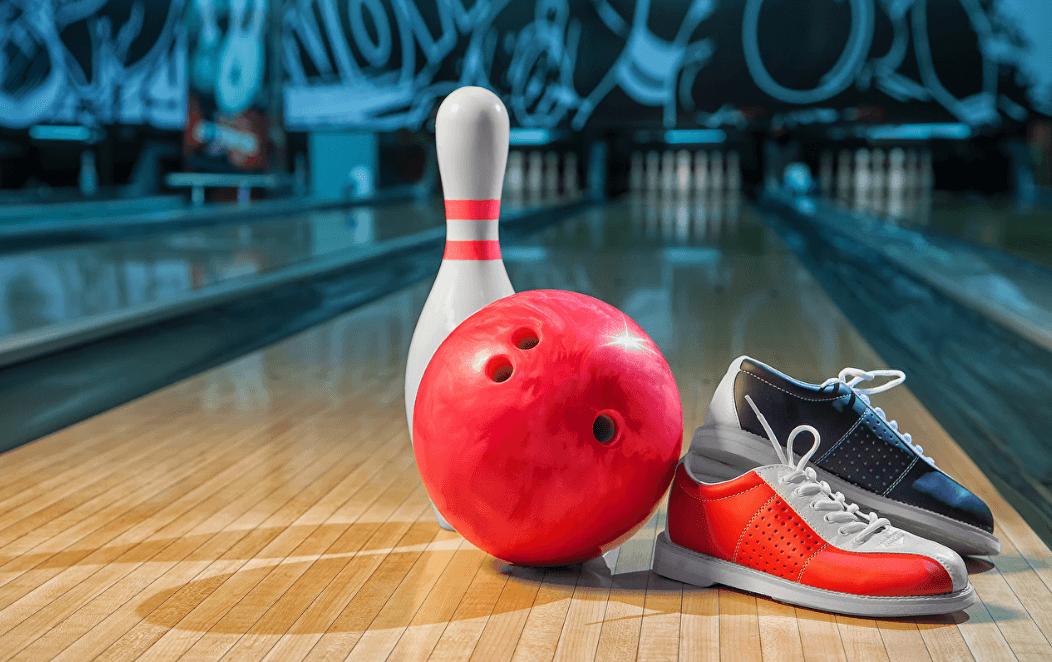 Comment tenir une boule de bowling photo