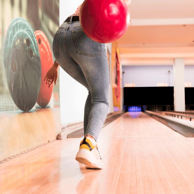Comment faire un strike au bowling photo